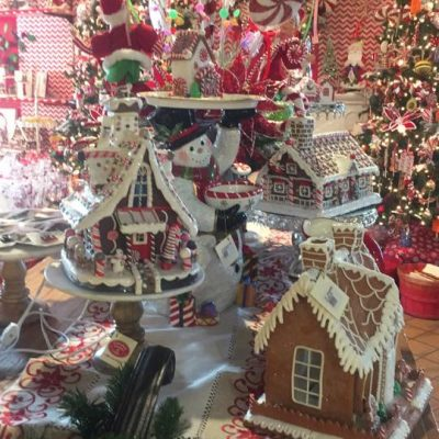 gingerbread-houses.jpg